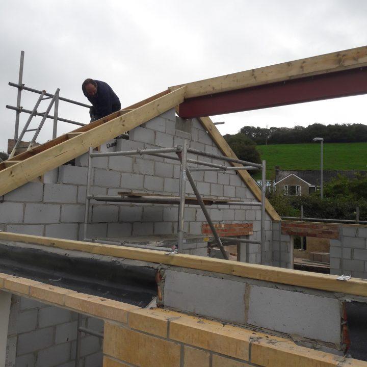 Steel ridge beam installation – Beaminster
