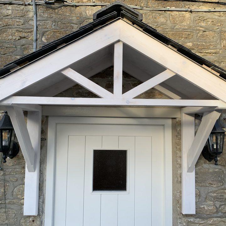 Storm porch – Burton Bradstock